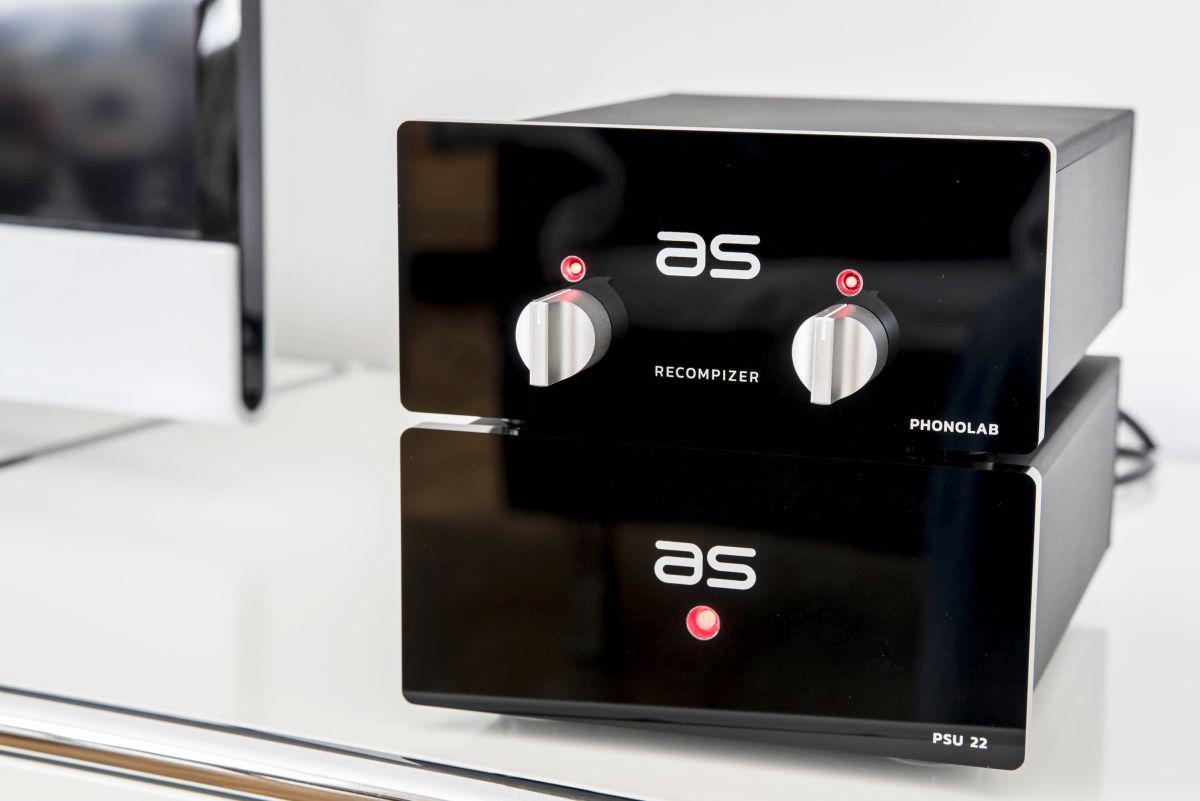 Audiospecials Phonolab 1.0: Phonovorverstärker der Referenzklasse. Absolutes High End zum fairen Preis bei Bohne Audio.