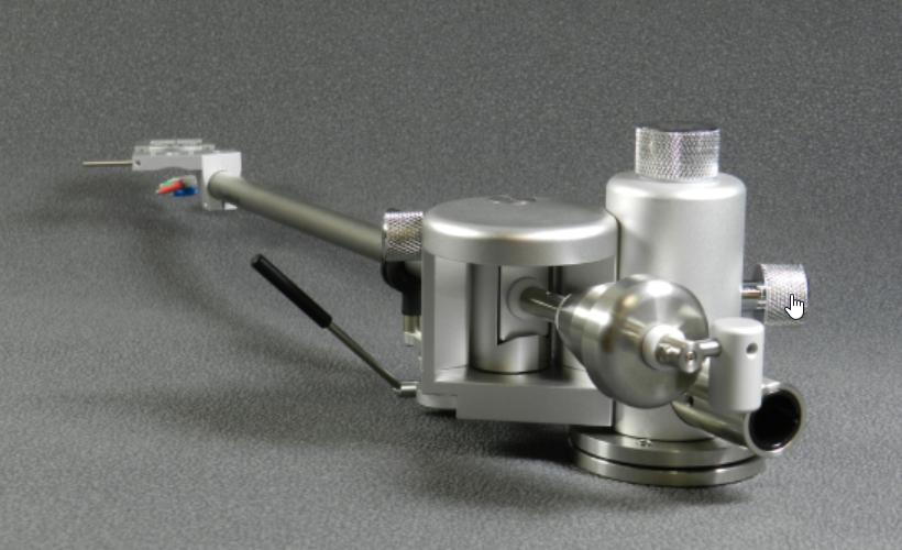 Tonarm Aquilar von Acoustical Systems im perfekt ausgestatteten Alu-Koffer