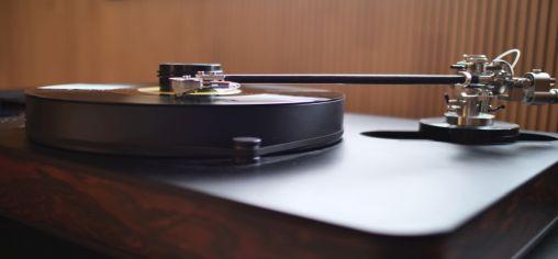 Zusammenspiel von Tonarm und Tonabnehmer