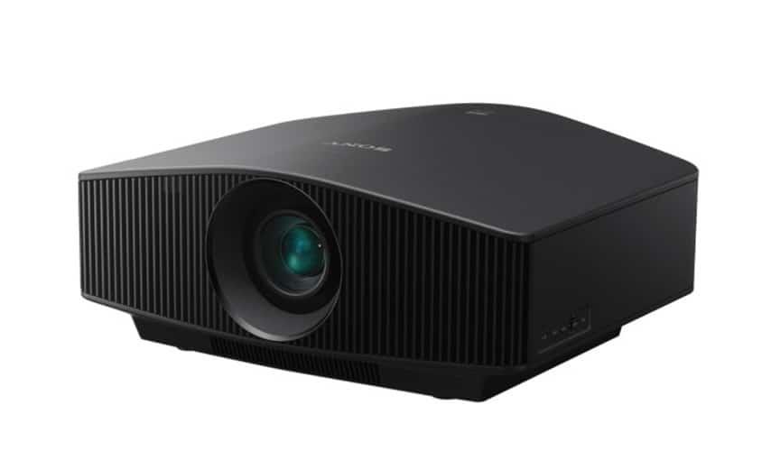 Sony 4K HDR Beamer VW760ES bei Bohne Audio im Test und zum Verkauf: Ansicht vorne / von der Seite