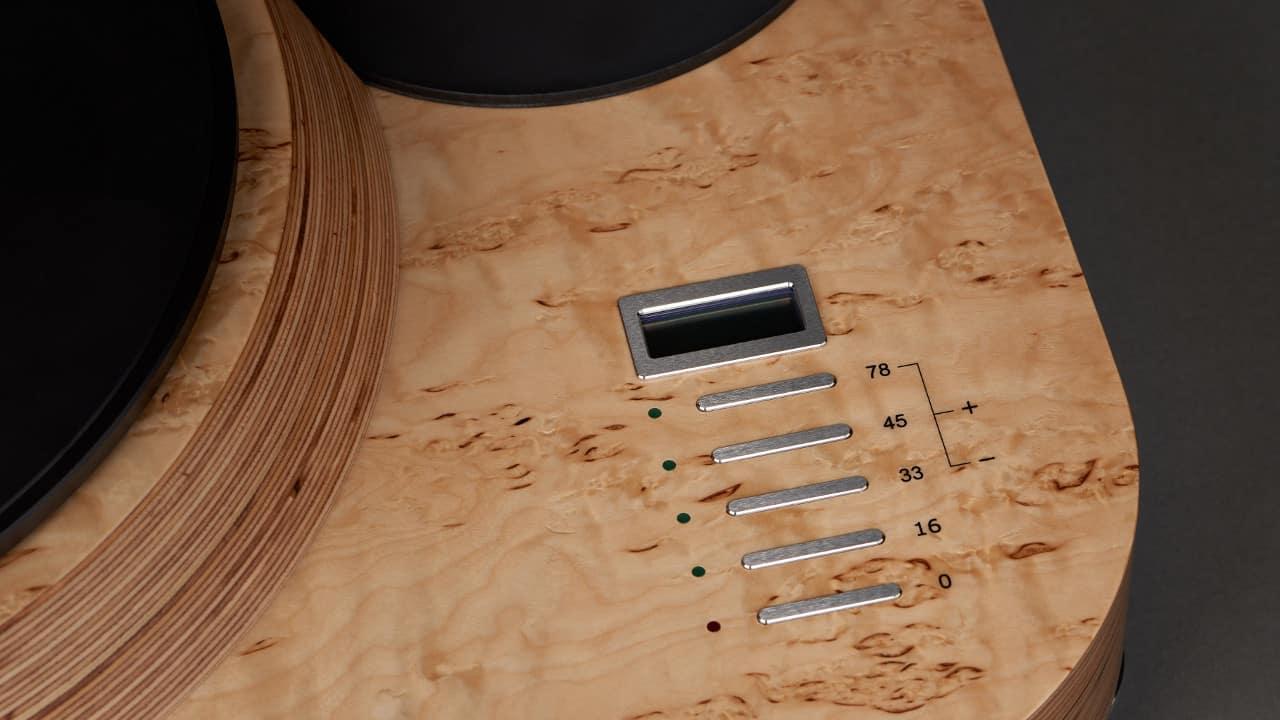Reed 1c Plattenspieler Laufwerk in Holzoptik Detailansicht