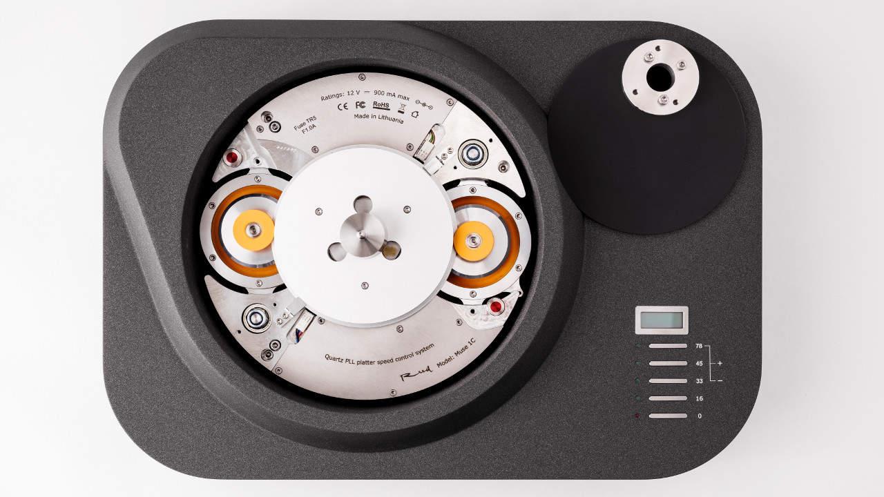 Reed 1c Plattenspieler Laufwerk mit Reibrad Antrieb: Ansicht abgenommener Plattenteller