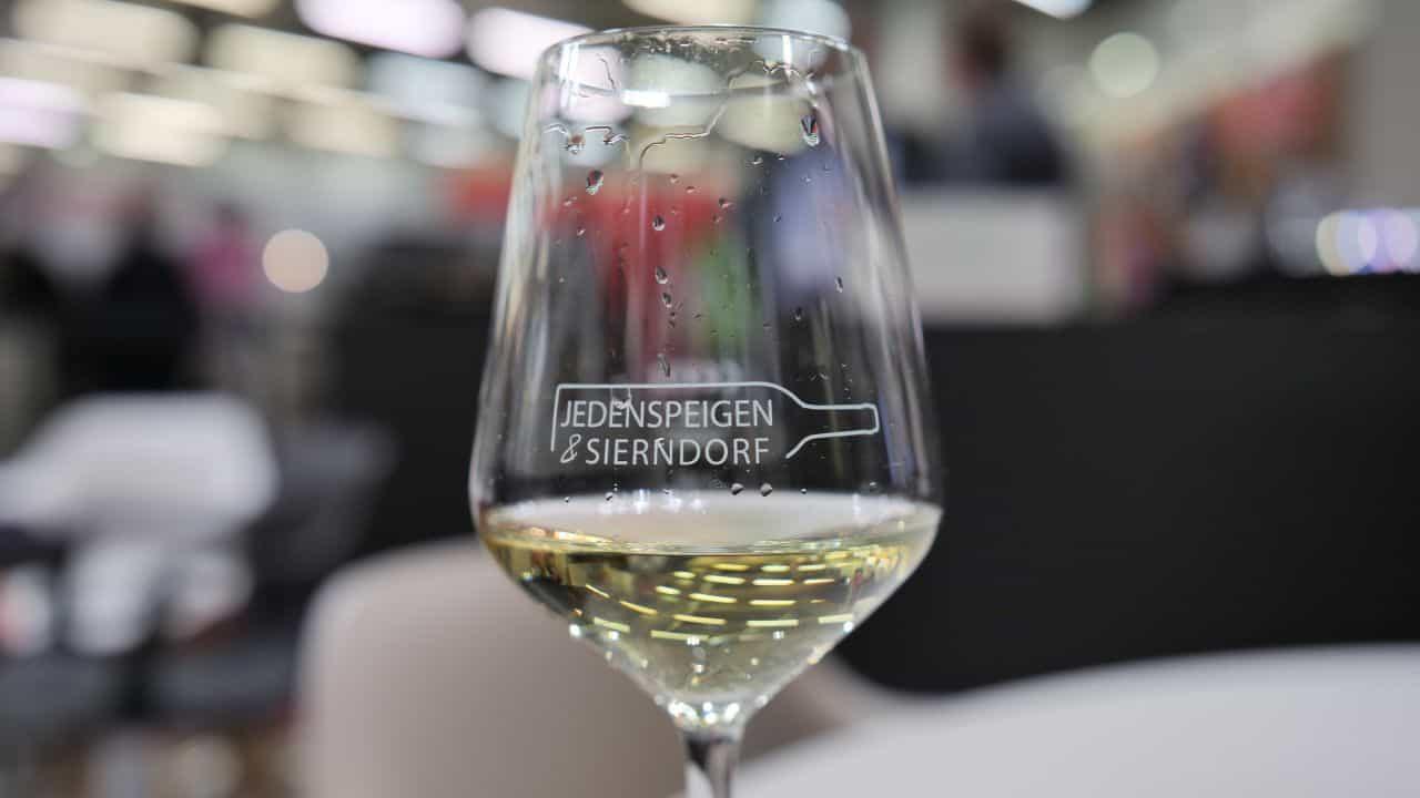 Weinverkostung auf der High End