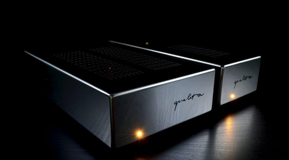 Qualiton Phono: Phonovorverstärker von Audio Hungary mit 6 Röhren in MM oder MC Version mit externem Netzteil